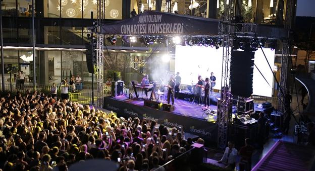 Anatolium Marmara AVM, Cumartesi Konserlerinde Ünlüler Geçidi Yaşanıyor!