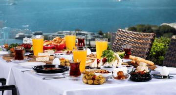 Conrad İstanbul Bosphorus, Kahvaltıları Göz Dolduruyor