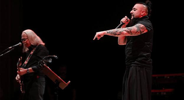 Cahit Berkay Sahnedeki 55'inci Yılını İş Sanat'ta Kutladı