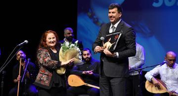 Sabahat Akkiraz, 50'inci Sanat Yılını Kutladı