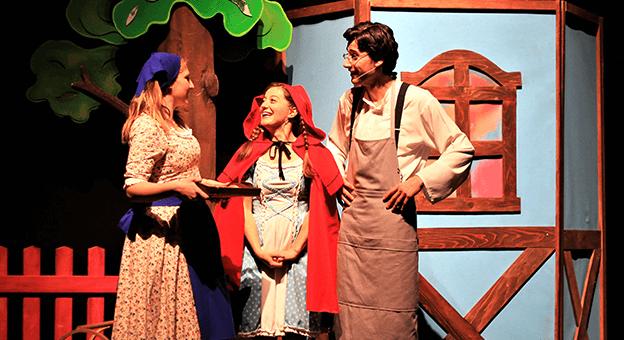 Eti Çocuk Tiyatrosu, Evdeki Çocukları Tiyatro İle Buluşturuyor