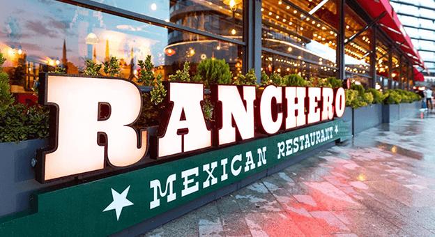 Şehrin Meksikalısı, Misafirlerini Bekliyor