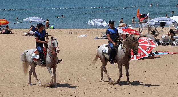 Riva Plajları Atlı Zabıtalara Emanet