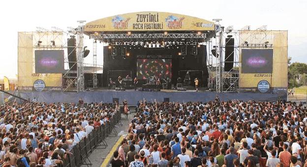 """Balıkesir'in Vazgeçilmezi """"Zeytinli Rock Festivali"""""""