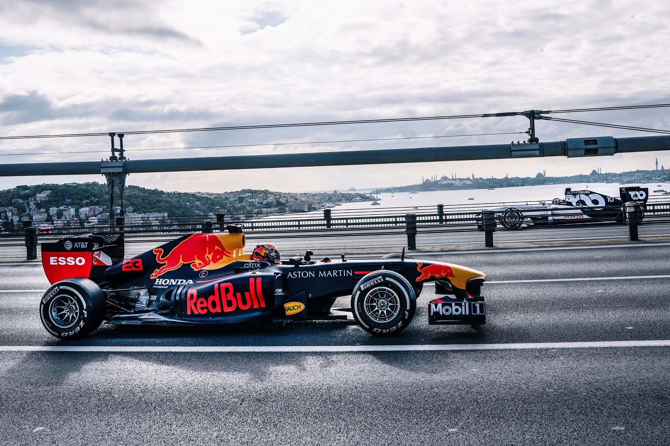 İstanbul'daki F1 Gösterisi Tüm Dünyada Yayında
