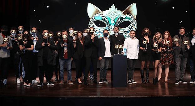 Felis Ödülleri'nde Kazananlar Ödüllerine Kavuştu