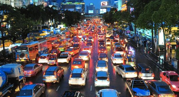 Sokağa Çıkma Kısıtlamaları Akşam Trafiğini Artırdı
