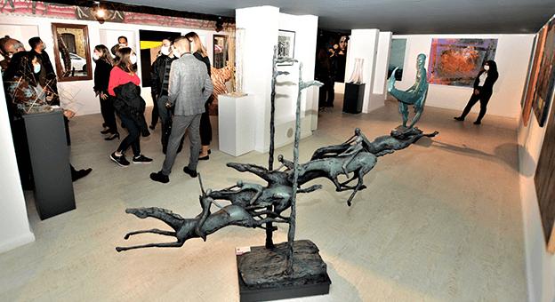 Kıbrıs'ın Simge Yazarları, Bronz Büstleri ile Surlariçi Şehir Müzesi'nde