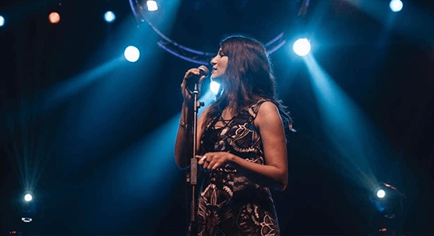Tunuslu Ünlü Sanatçı Nessrine Jabeur Türkçe Şarkılar Söyledi