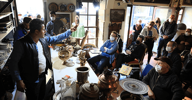 Çöpten çıkan antikalar, açık artırmayla satılıyor