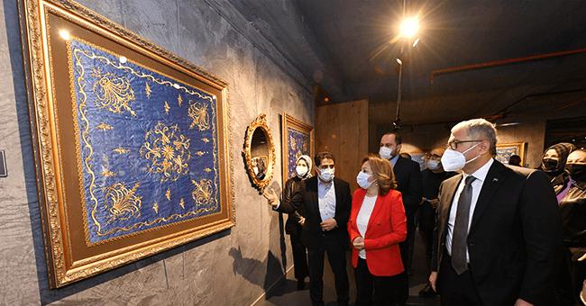 Koleksiyoner Yusuf İyilik'in Tarihi Sergisi Üsküdar Belediyesi Katkılarıyla Açıldı