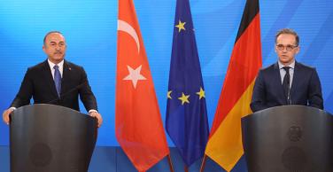Bakan Çavuşoğlu: Turistin görebileceği herkesi aşılayacağız