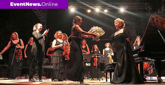 Uluslararası Gümüşlük Müzik Festivali Şef Nisan Ak yönetiminde müzikseverlerle buluştu